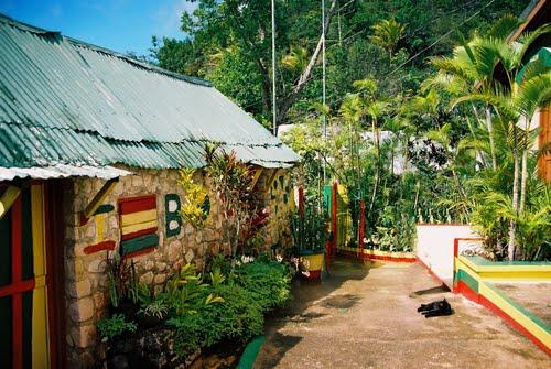 Montego Bay cruise ship terminal to Bob Marley birth place