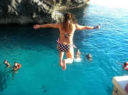 Riks Cafe cliff diving Negril