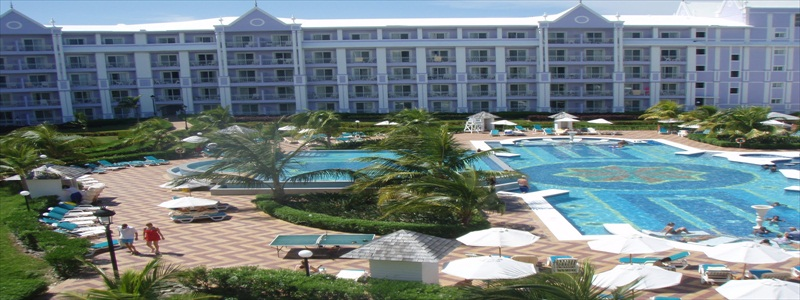 Transportation from Montego Bay airport to Riu Hotel Ocho Rios